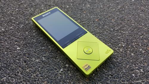 Sony NW-A25 ด้านหน้า