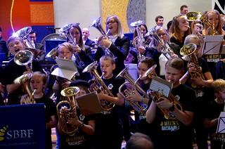 Gott sväng med 150 musikanter i olika åldrar