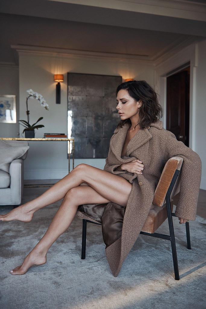 Виктория Бекхэм — Фотосессия для «Vogue» UK 2016 – 5