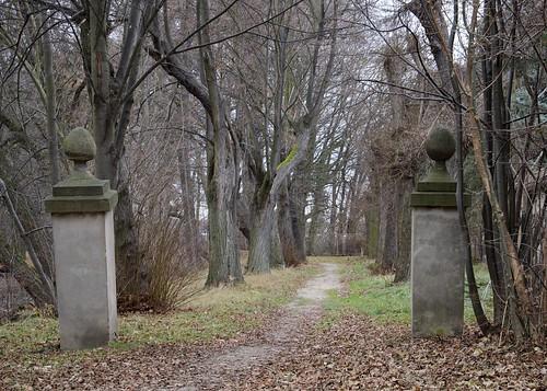 Eingang zur Lindenallee (Info)