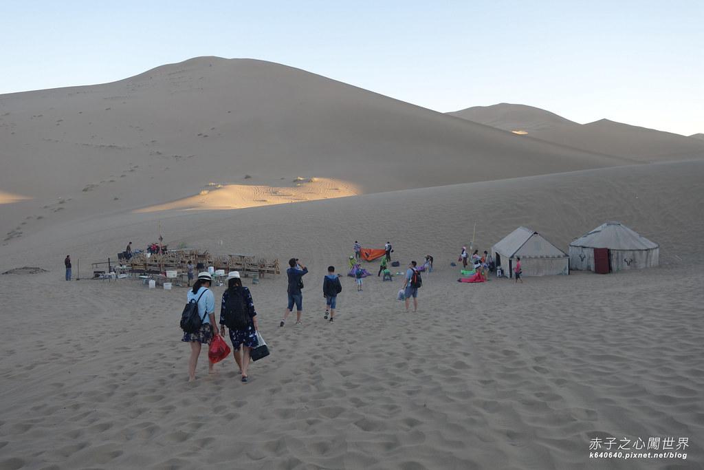 絲路-敦煌鳴沙山月牙泉-沙漠露營01