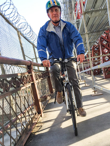 Mayor Hales bikes to work from Kenton-15.jpg