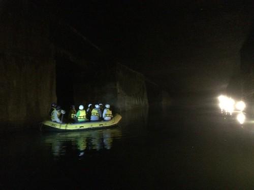 地底湖ツアー