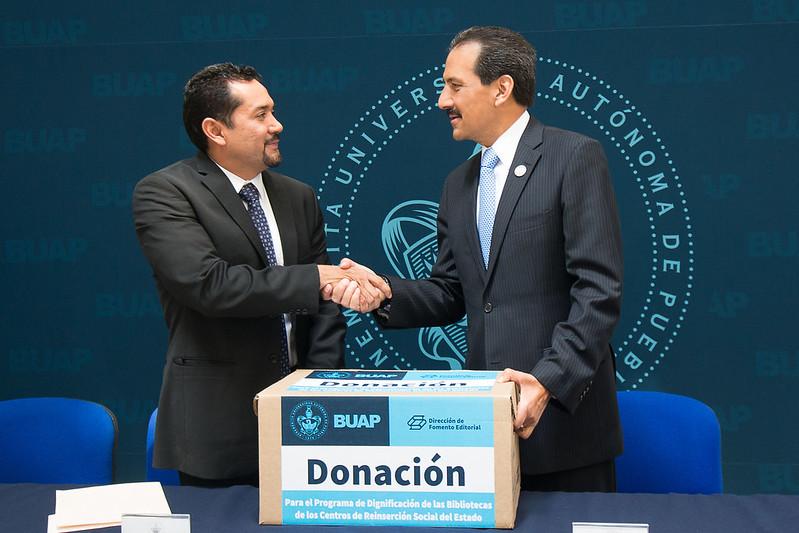 Sáb, 12/15/2012 - 19:16 - Donación Ceresos (4)