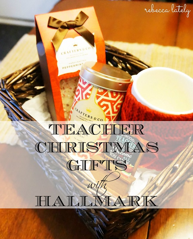 Hallmark Gold Crown Christmas Gifts 2