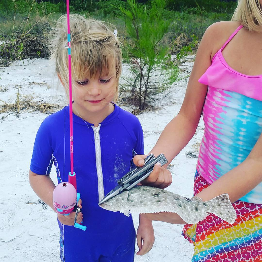 @katiesgrasso Addie wants Lyla to see the flounder she caught with her new pink fishing pole.