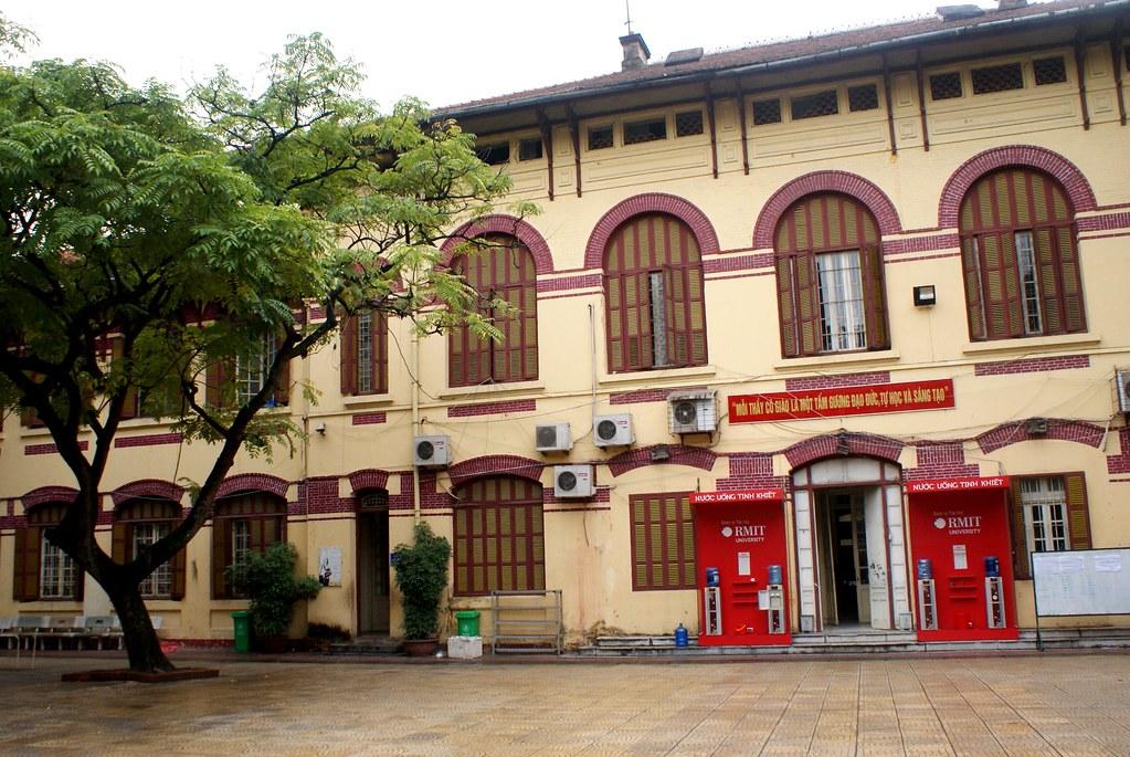 Batiment administratif dans le quartier français à Hanoi.