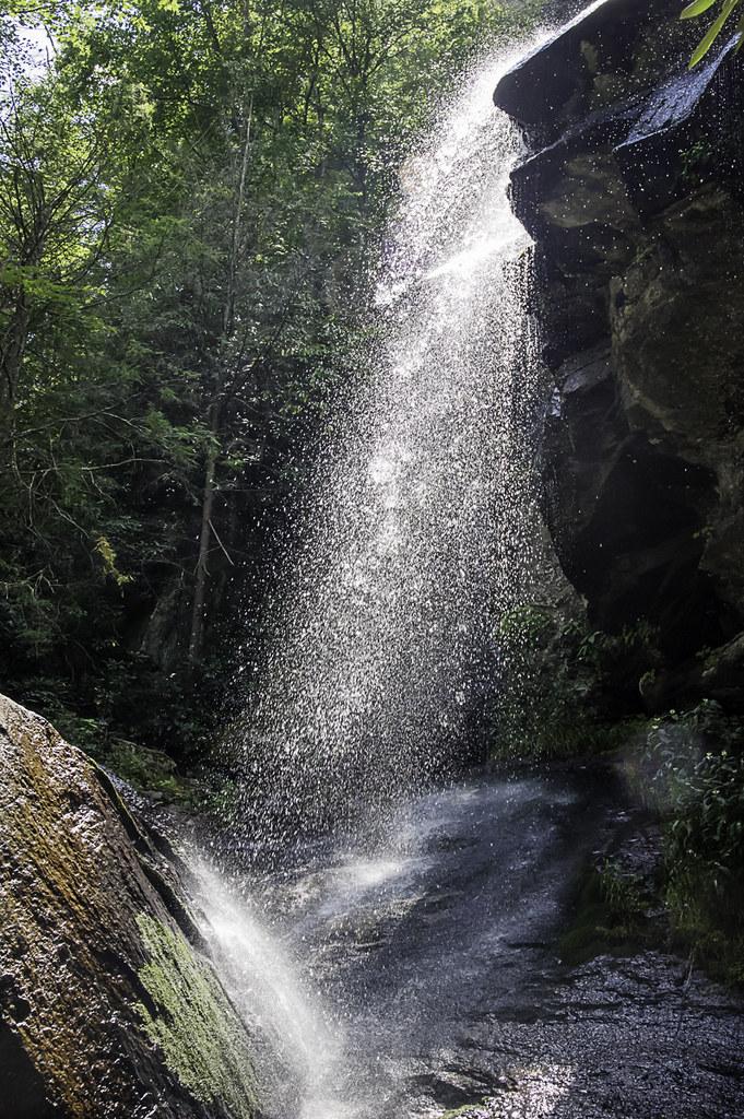 Johnes falls