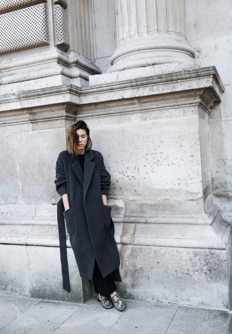 MATCHES x MODERN LEGACY RAEY new season layers Paris fashion week street style charcoal oversized cocoon coat loafers (1 of 1)