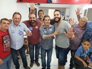 Paulinho da Força faz campanha em Louveira