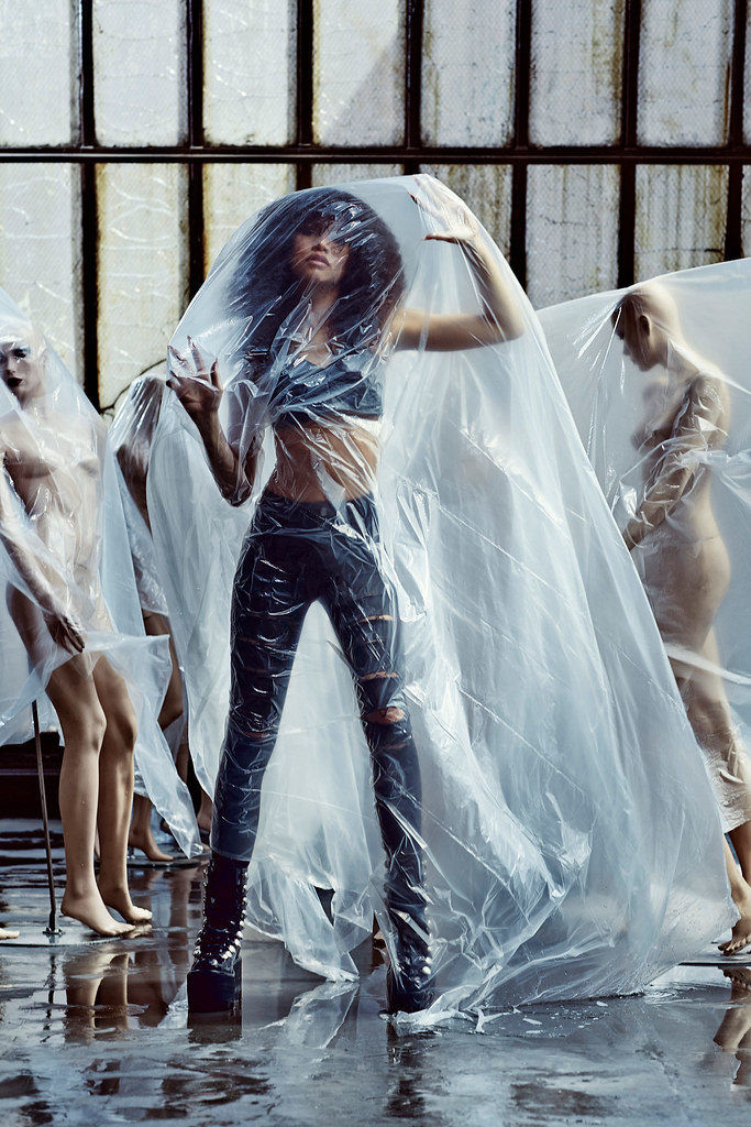 Зендая — Фотосессия для «Complex» 2015 – 11