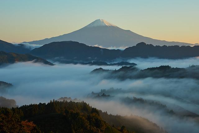 Mt.Fuji morning scene, Sony SLT-A99V, Carl Zeiss Vario-Sonnar T* 24-70mm F2.8 ZA SSM (SAL2470Z)