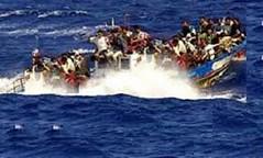 مئات الغرقى على متن قارب في ليبيا