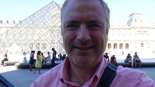 Paris Louvre Pyramid Aug 15 (6)