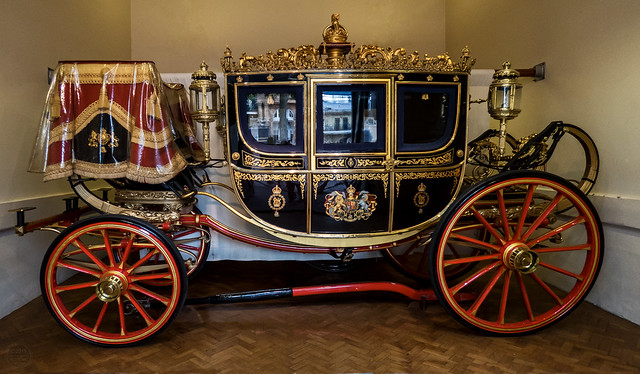 IMG_7513.CR2_SX60_19JUL15_Irish State Coach, Royal Mews, Buckingham Palace. London  N51.49868 W0.14452