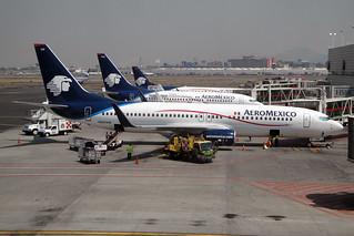 AeroMexico Boeing 737-8Q8 N859AM