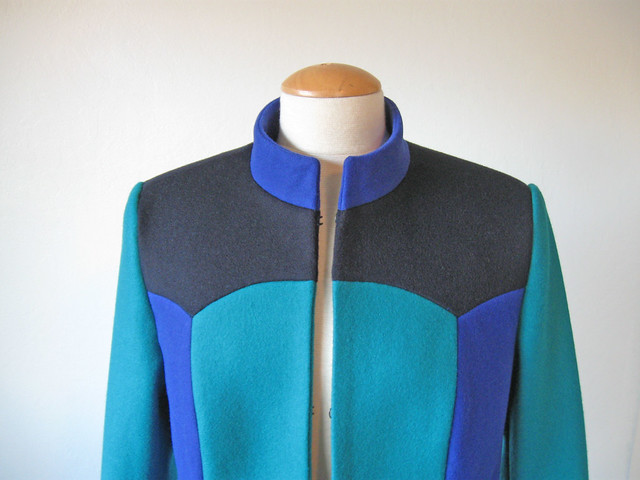 tricolor coat front upper