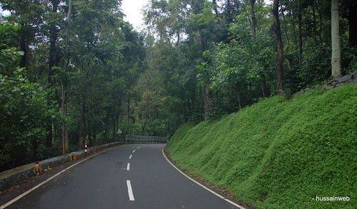Road to Yercaud