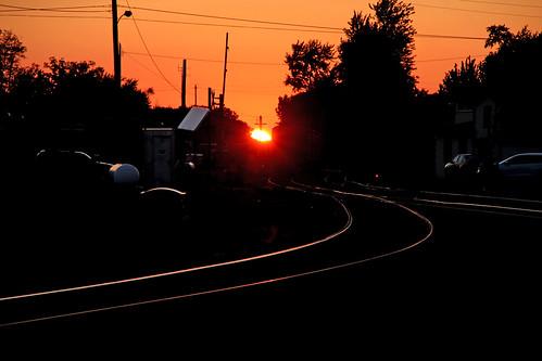 sunset tracks sunsets railroadtracks norfolksouthern sunsetphotography bellevueohio