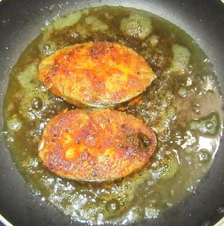 seer fish fry - in pan2