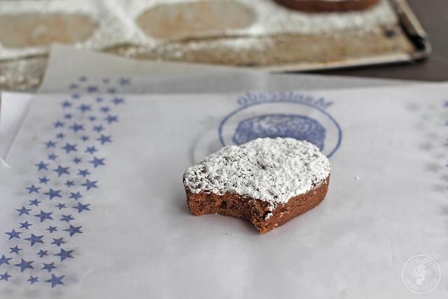 Polvorones de chocolate y almendra www.cocinandoentreolivos.com (19)