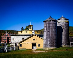 Shaker Barn and Silo - Color