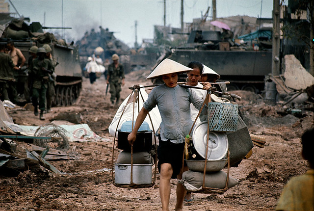 The battle for Saigon 1968 - Photo by Philip Jones Griffiths