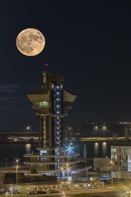 Luna (Doble exposicion)