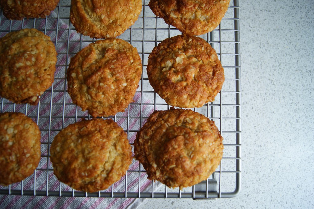Anzac biscuits 5
