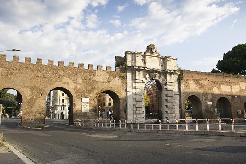Porta San Giovanni