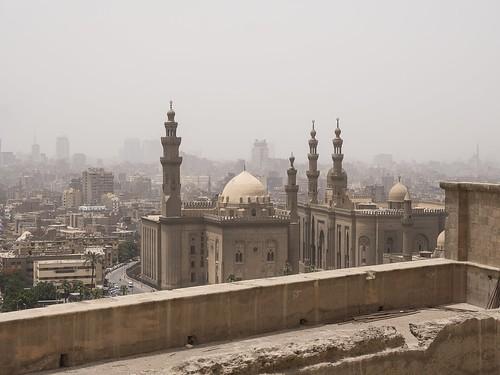 Vista de la Mezquita y Madraza del Sultán Hassan y de la Mezquita de Al-Rifa'i desde la Ciudadela de Saladino