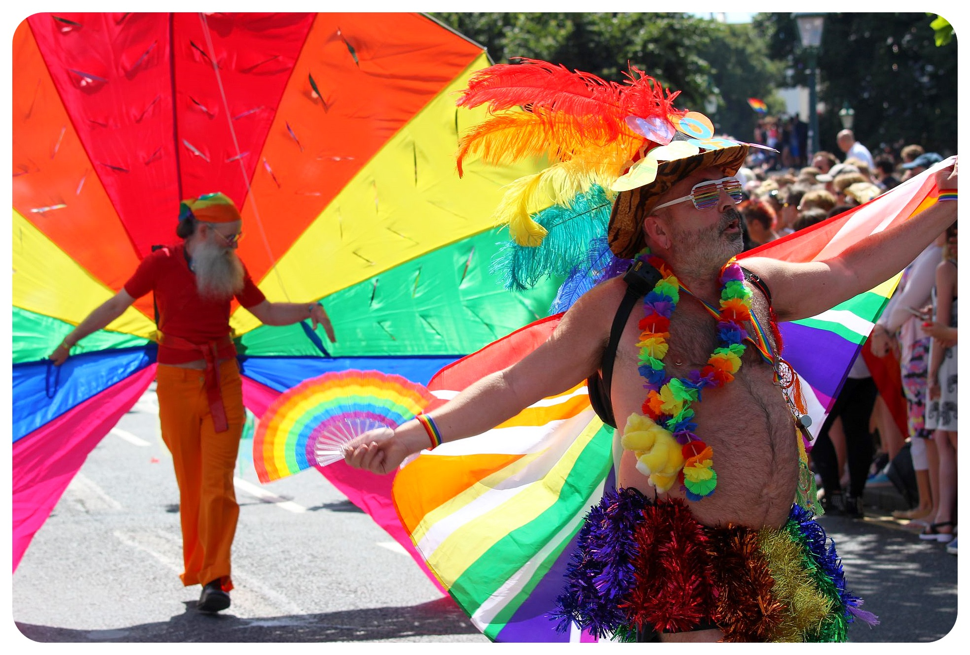 brighton pride parade 2015 colors