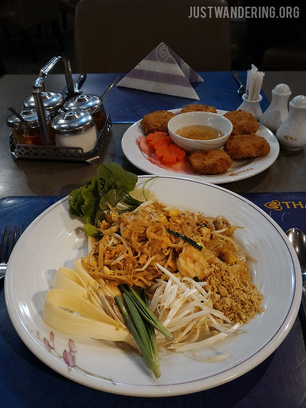 Phuket travel tips just wandering for Air thai cuisine