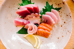 hors d'oeuvre(0.0), sushi(0.0), produce(0.0), meal(1.0), salmon(1.0), sashimi(1.0), fish(1.0), food(1.0), dish(1.0), cuisine(1.0), asian food(1.0), smoked salmon(1.0),