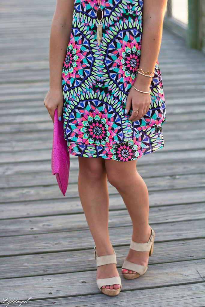 kaleidoscope print swing dress, pink clutch-6.jpg