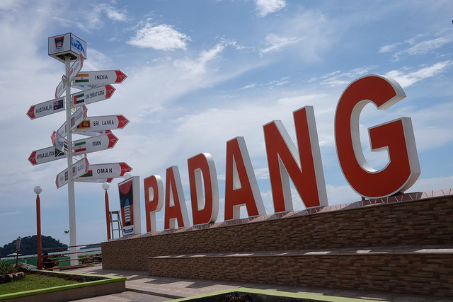 New statue of Padang Beach #pantaipadang #padangbeach