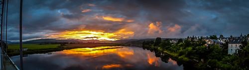 uk sunset sunlight skye nature clouds river landscape atardecer scotland unitedkingdom pano burning puestadesol waterscape bonarbridge