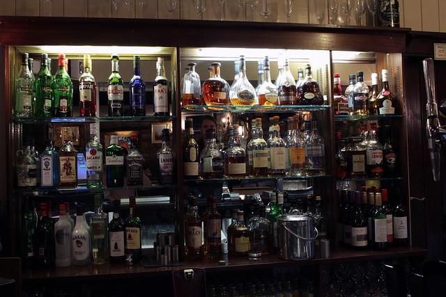 oxpasture-hall-bar