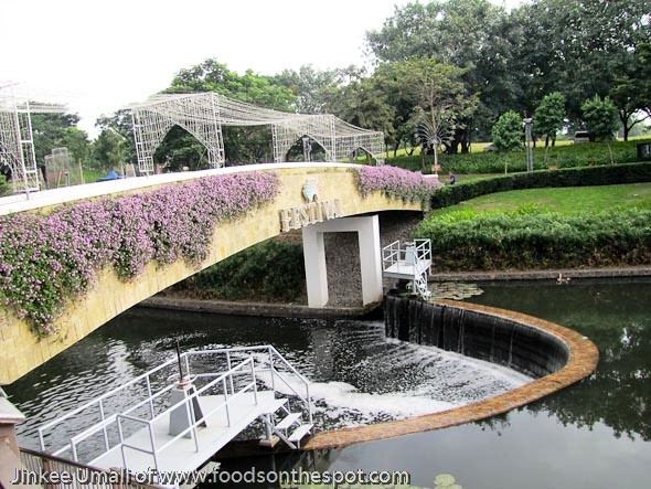 Food Flight at Festival Mall River Park Alabang