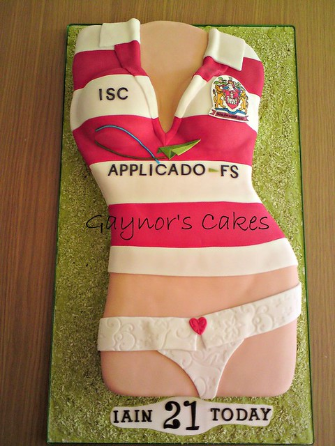 Sexy Cake by Gaynor's Cakes