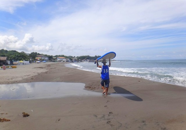 San Fernando Surfing Tutorial. Urbiztondo Beach La Union.