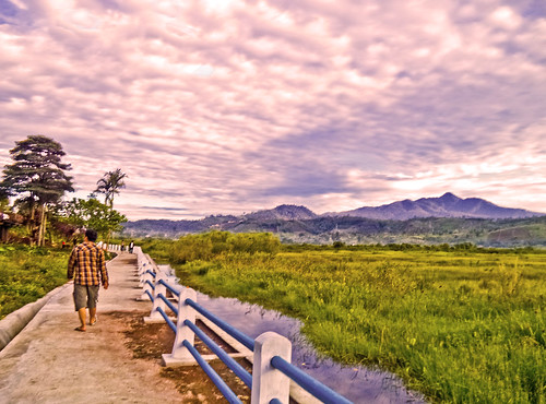 morning sunrise indonesia view hiking wetland mountainscenery curup sonyphotographing rejanglebong pemandangangunung danaumasbestari provinsibengkulu lakemasbestari
