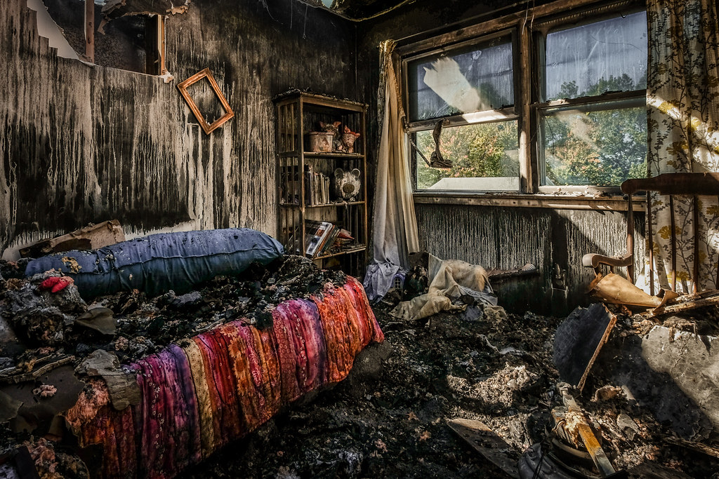 The Fire: Little Girl's Room