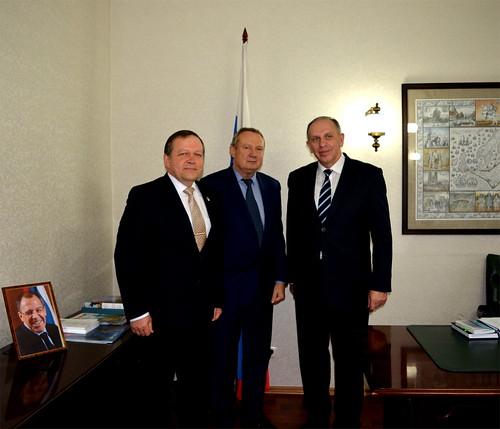 Встреча с Послом Литвы в РФ Ремигиюсом Мотузасом (справа)