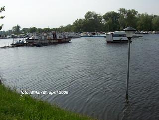 Stogodišnje vode (poplave), april 2006 god. Beograd - Čukarica, Floods, april 2006, Belgrade - Čukarica.