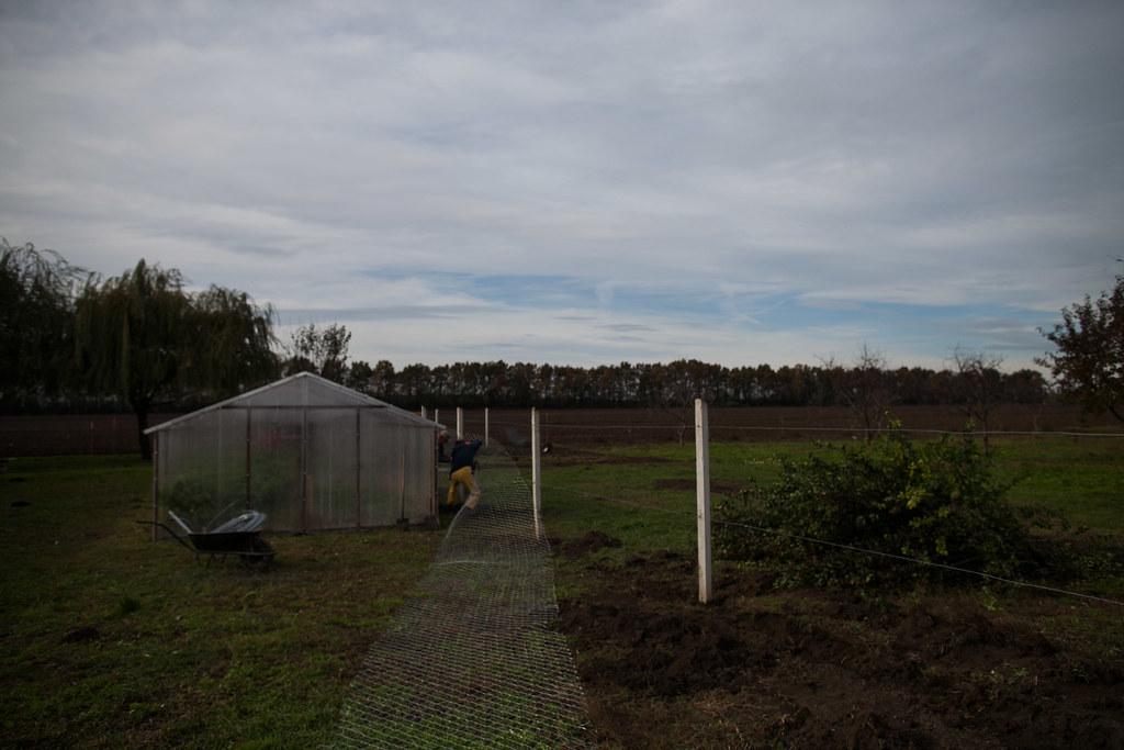 Átmeneti szállás a tanyán
