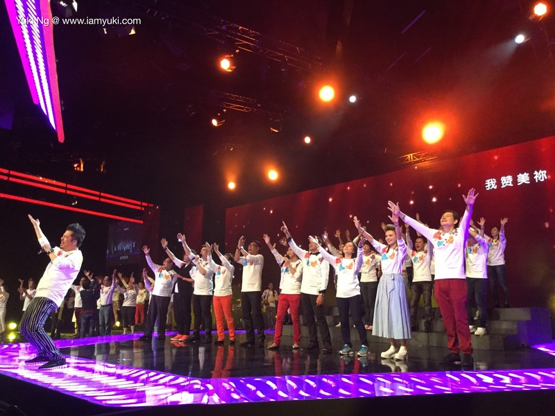 love from the starsthumb_IMG_1013_1024 06concert 2015