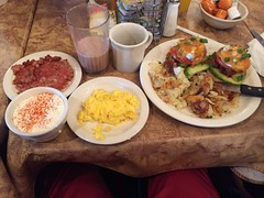 Check out my MASSIVE breakfast at Crackers and Co.…