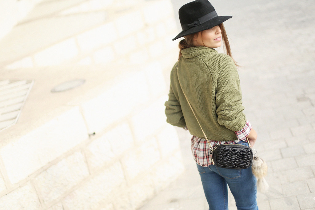 green turtleneck sweater fringed booties plaid shirt jessie chanes 6