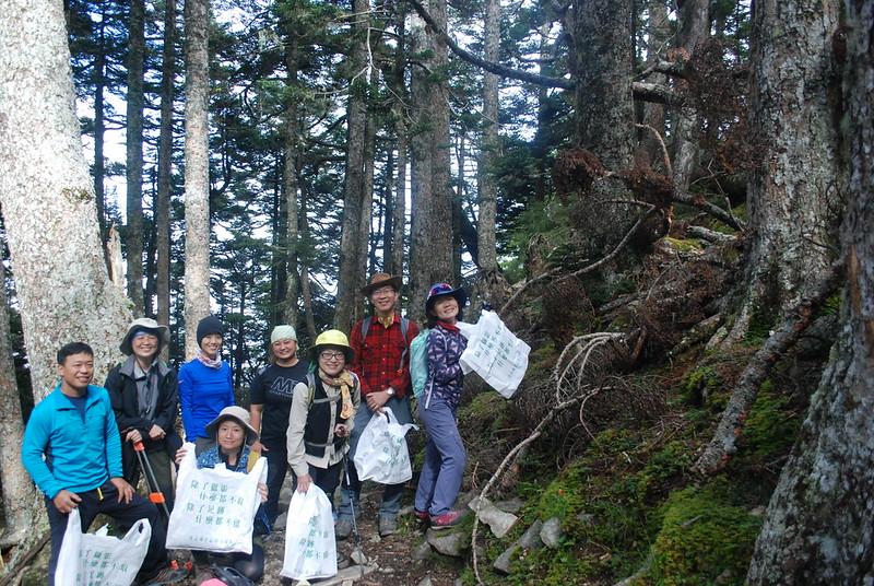 黑森林撿垃圾的成果。攝影:彭瑞祥。